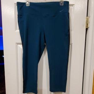 Nike Capri leggings XL
